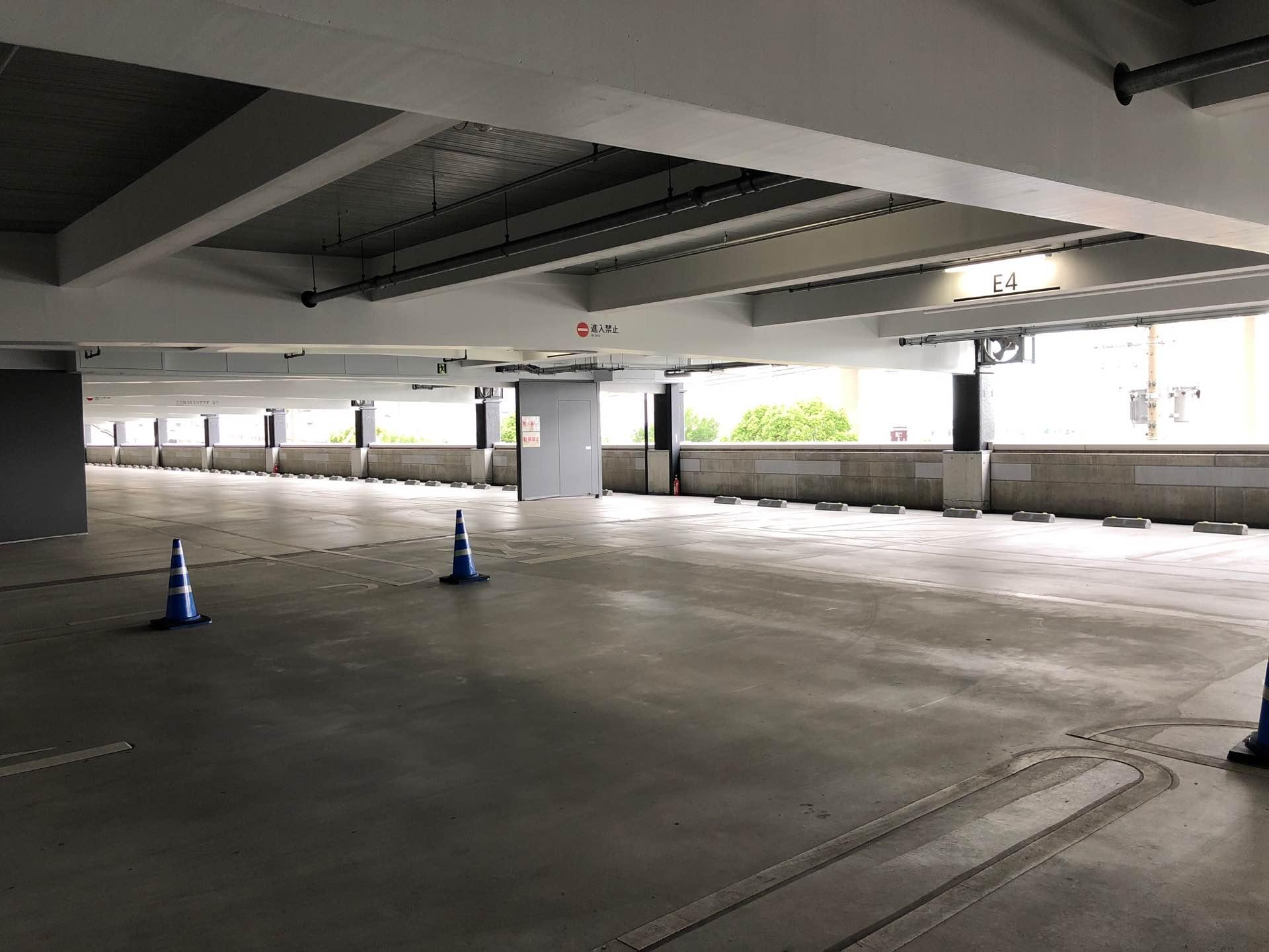 駐車場まだすいてる。 https://t.co/0nKIWv13Jm