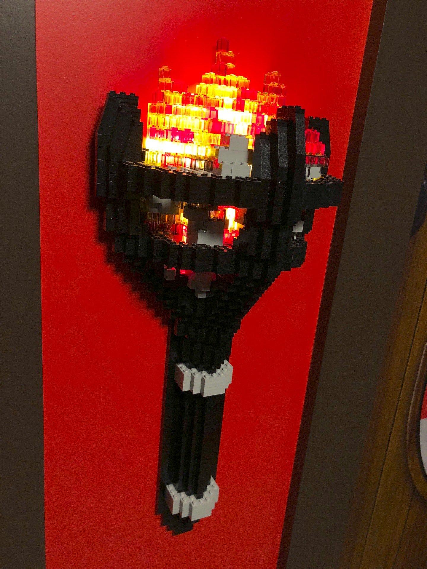 レゴブロックでできた松明。 (@ レゴランド・ジャパン・ホテル in 名古屋市港区, 愛知県) https://t.co/IpYrnm5Tbm https://t.co/9ZqFC2L12Z