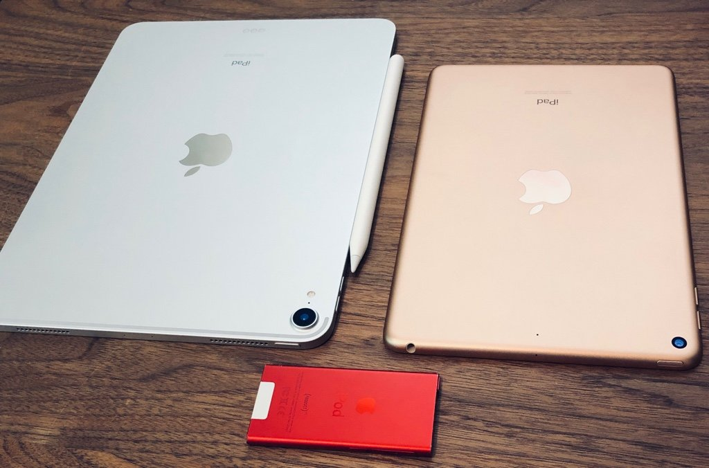 iPad Pro 3rd Generation 11 inch Silver (2018)  -  iPad mini 5th Generation Gold (2019)  -  iPod nano 7th Generation (PRODUCT) RED (2012) https://t.co/ieMvxlxtxy