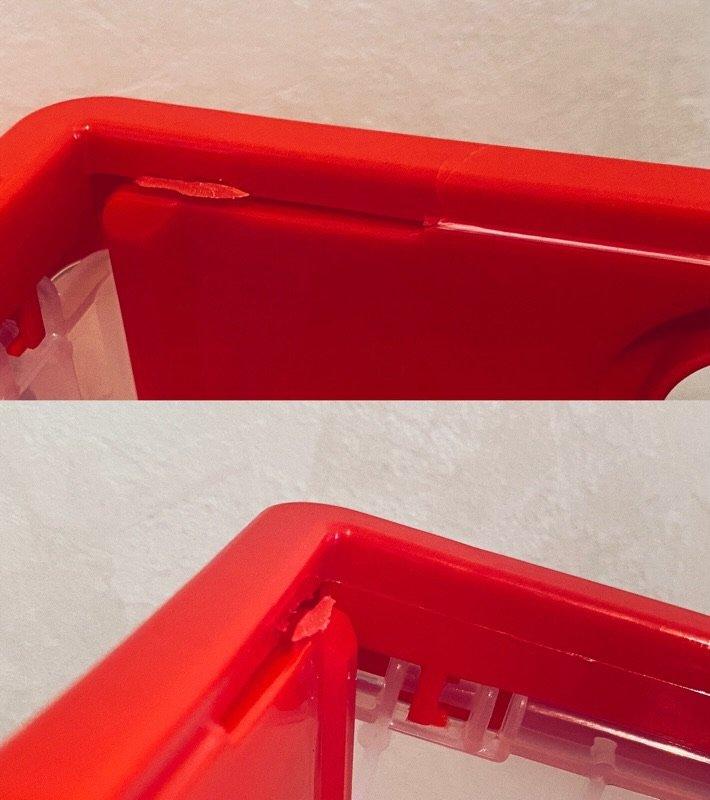 今回は赤3つが不良品。゚(゚´Д`゚)゚。 ヒビ入ってたり割れてたり。3つとも折れ曲がる蝶番っぽいところの造形がおかしくてぎ出っ張ってる。 https://t.co/gzhC2STvTx