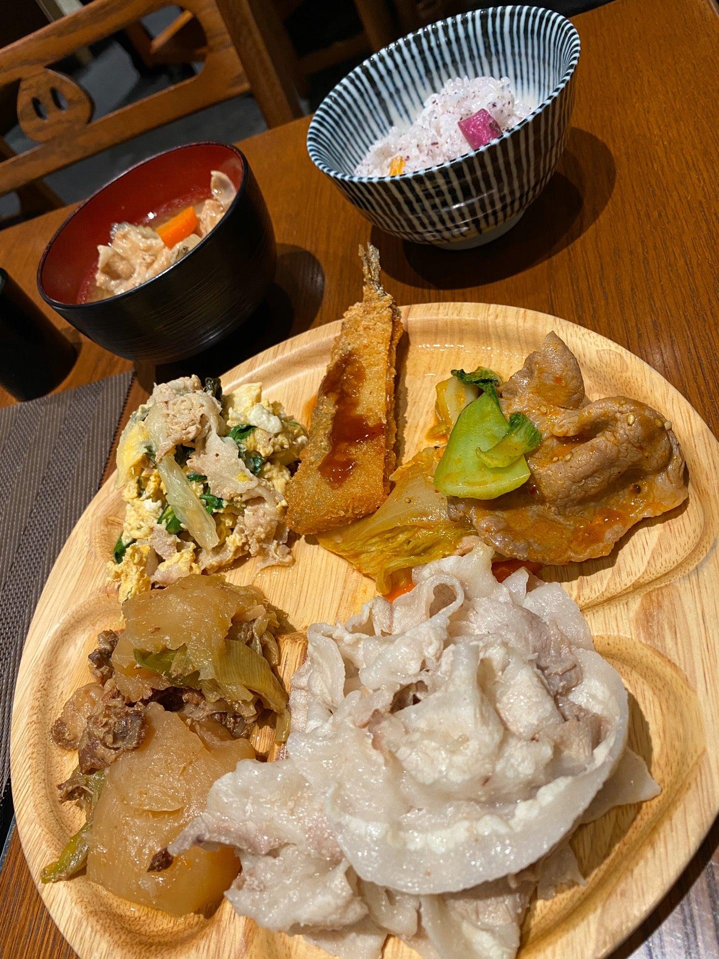 ぶた食べ放題 (@ 豚道 名駅店 in Nagoya, 愛知県) https://t.co/SD9OJlVSU3 https://t.co/qBKh5nD4EQ