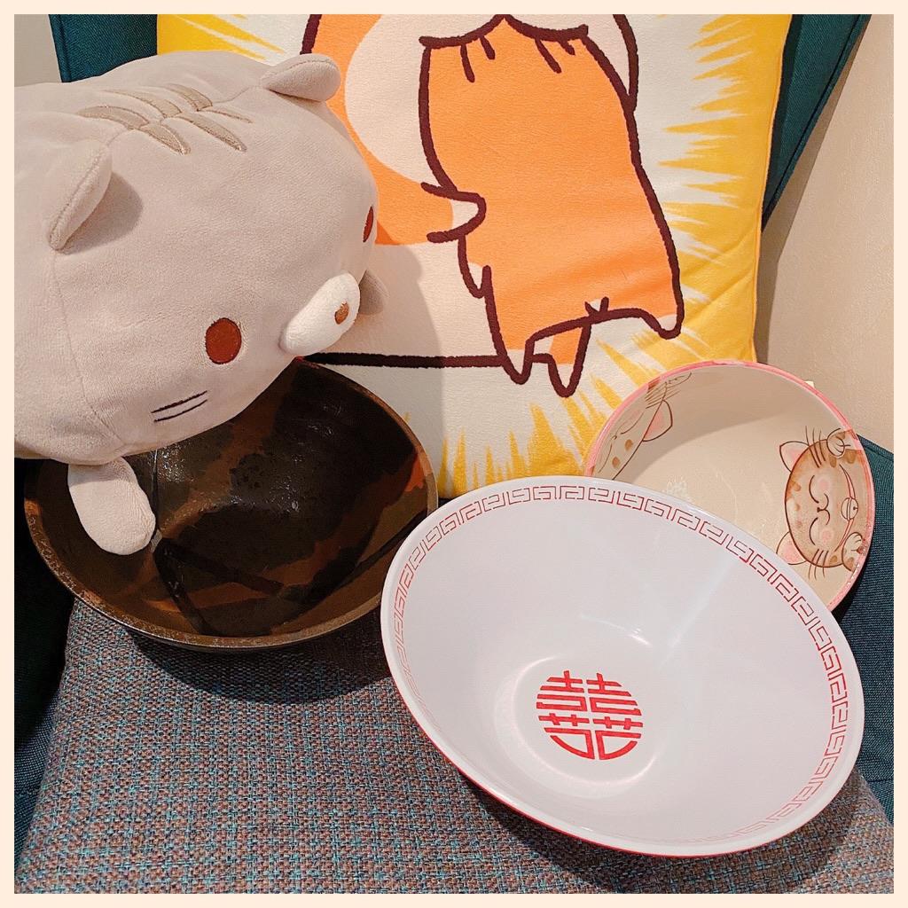 ラーメンどんぶりが欲しかったので購入。Amazonにて999円。  「メラミン樹脂(耐熱温度120℃)」 「食器洗浄機使用可」 「外寸:φ210×H84」 「容量:1100ml」  ENTEC 新型たんめん丼 白/赤 瑞祥 CA-14 : ホーム&キッチン https://t.co/0s8EiSwlht https://t.co/scuuI7cUOJ