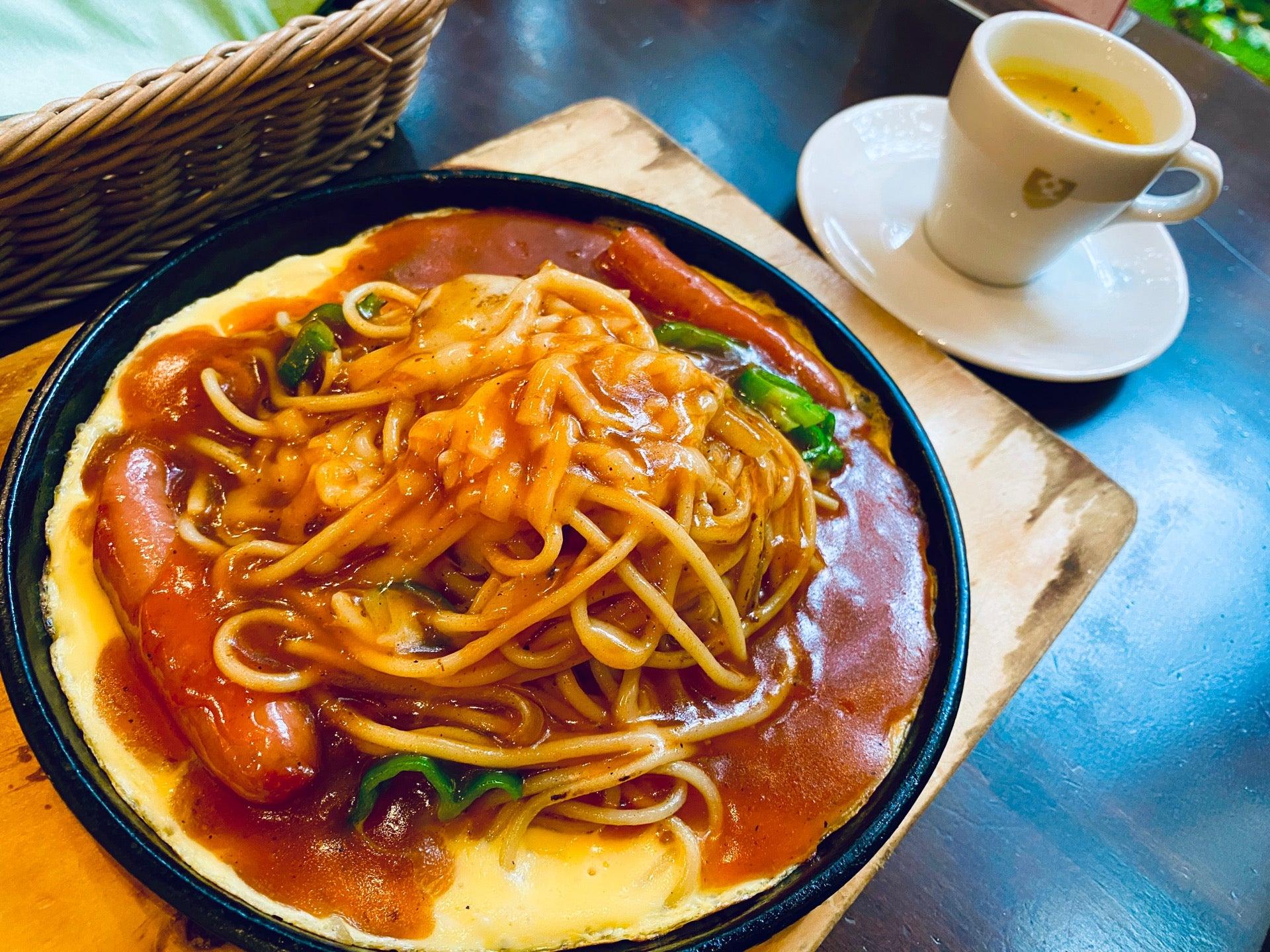 ピカン。名古屋名物あんかけスパゲッティ。あんかけなのに珍しくパスタが細麺。辛くない。 (@ カフェタナカ 本店 in 名古屋市, 愛知県) https://t.co/dQfmSofgV3 https://t.co/bAYKAkBq2y