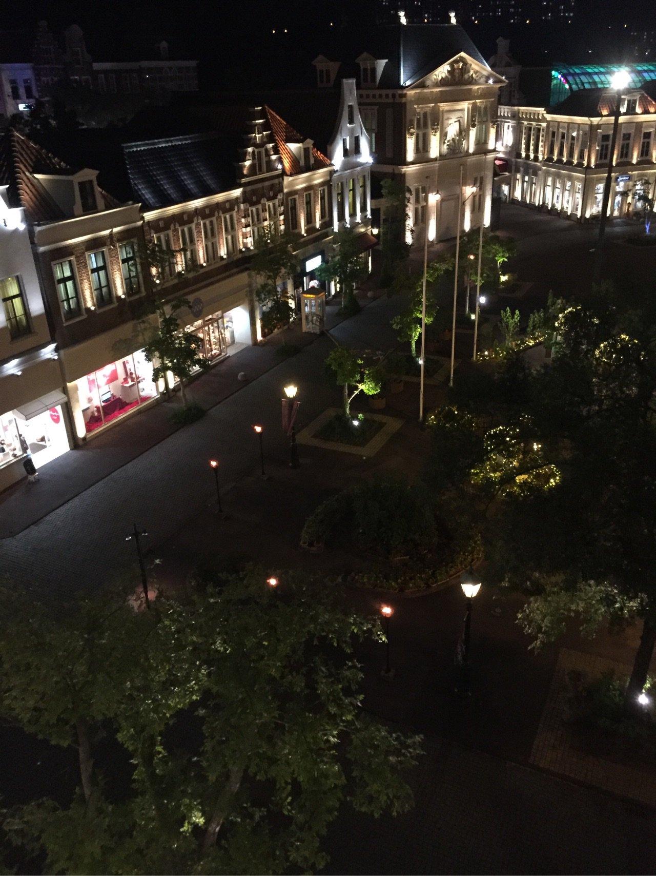 ホテルアムステルダム ローラアシュレイルーム クラブラウンジ